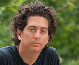 Alarcon, Daniel 2012